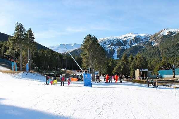 Купить дом Испания горнолыжный спуск подъемник
