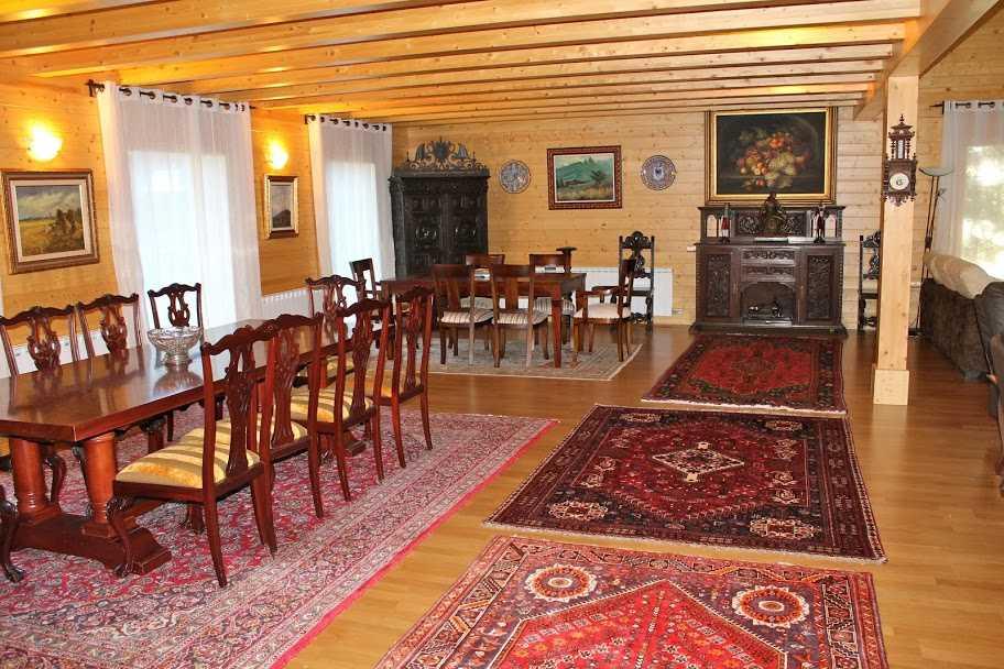 Купить дом в горах Испани зал