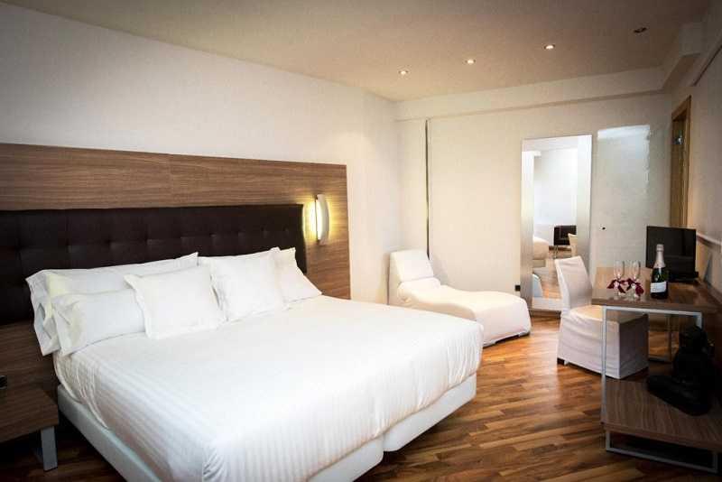 Купить отель Испания гора Монтсеррат супер люкс