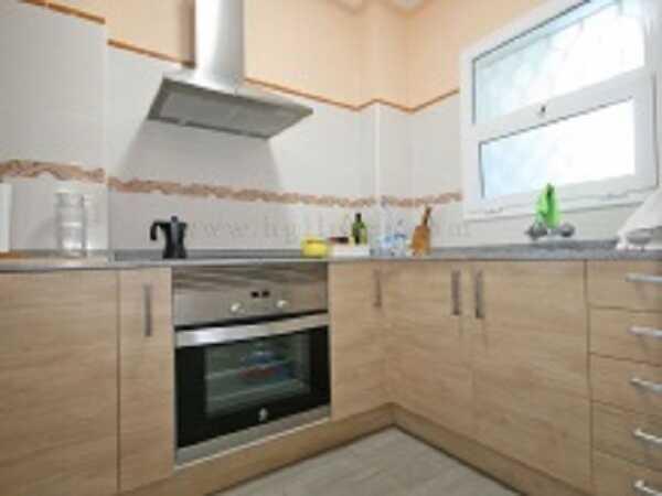 купить квартиру в Кала Каньелес Льорет-де-Мар кухня