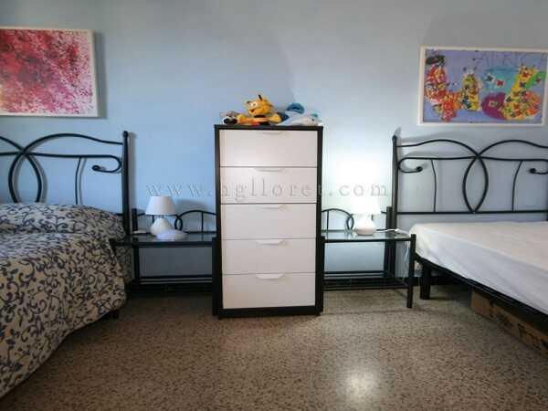 купить квартиру в Кала Каньелес Льорет-де-Мар комната