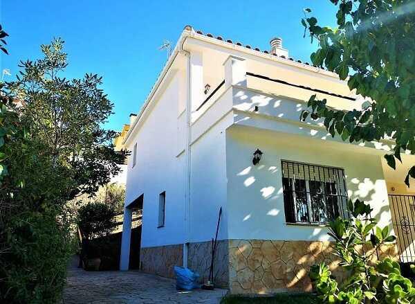 купить дом с видом на море Тосса де Мар Испания