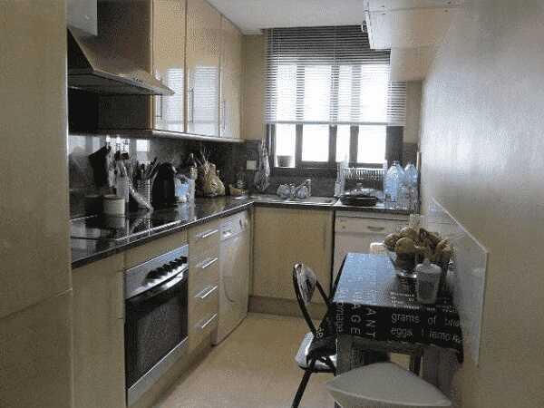 квартира з парковкою Льорет-де-Мар Коста Брава кухня