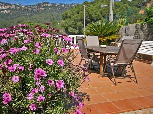 mieten Villa mit Pool Strandnahe Costa Brava Terrasse 2