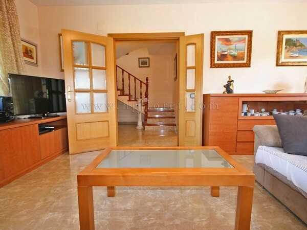 mieten Villa mit Pool Strandnahe Spanien Wohnzimmer 3