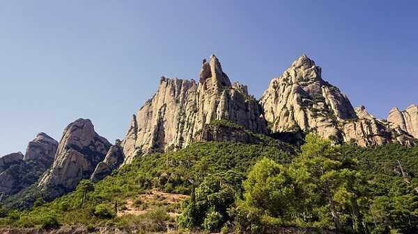 Купити готель Іспанія Барселона гора Монтсеррат весілля