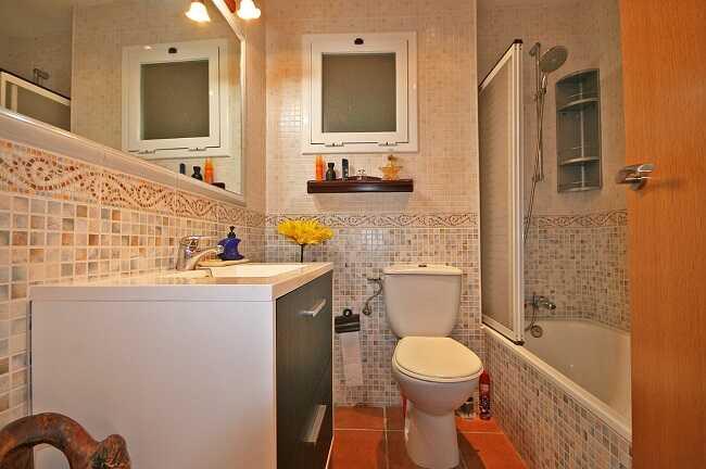 Купить квартиру три комнаты Льорет-де-Мар ванна